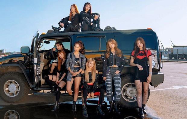 """Khi idol bị """"đuổi cổ"""" khỏi nhóm: Đàn chị của BTS làm nhóm tan rã vì đi tù, lý do cựu gà JYP bị đá giờ vẫn là bí ẩn - Ảnh 2."""