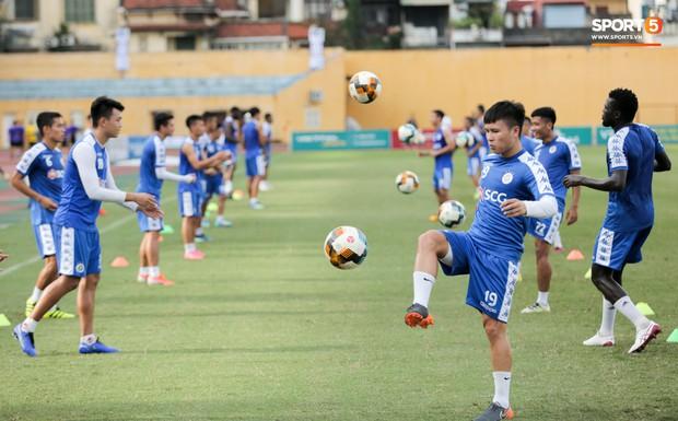 Bùi Tiến Dũng rộng cửa bắt chính cho Hà Nội FC tại Cup Quốc gia 2019 - Ảnh 10.