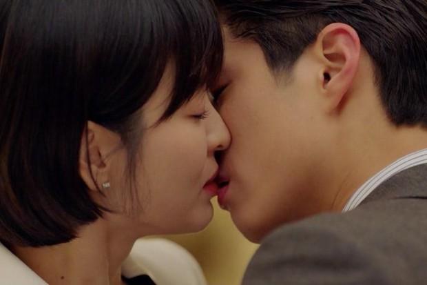 3 bạn diễn của Park Bo Gum mà ai nấy đẩy thuyền kịch liệt, trái ngược với tin đồn phim giả tình thật với Song Hye Kyo - Ảnh 4.