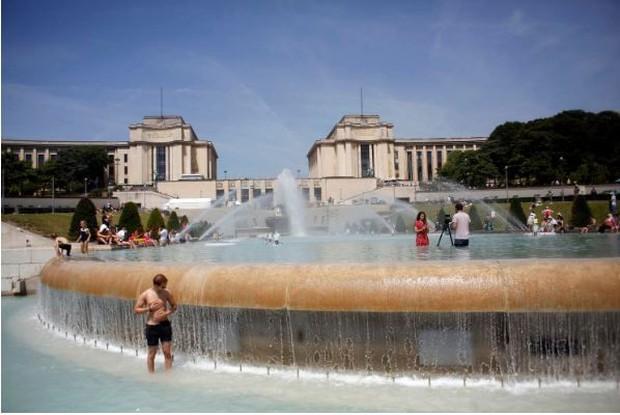 Pháp tìm cách tránh thảm kịch 15.000 người chết vì nắng nóng năm 2003 - Ảnh 4.