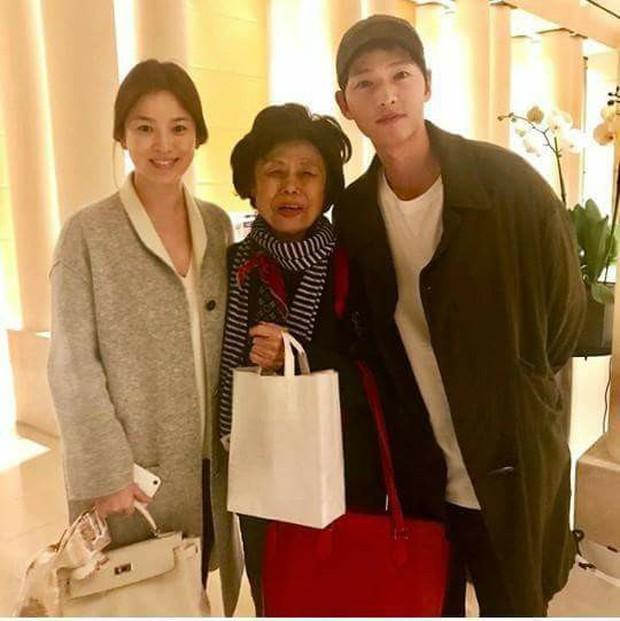 Đi cả thế giới cùng nhau, nhưng sau mọi chuyện Song Joong Ki - Song Hye Kyo lại chẳng thể nắm tay người kia đến cuối con đường - Ảnh 5.