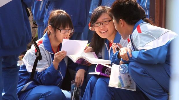 Bài thi Văn điểm tuyệt đối trong kỳ thi Đại học khó nhất thế giới tại Trung Quốc khiến dân mạng chỉ biết thốt lên quá đỉnh - Ảnh 6.