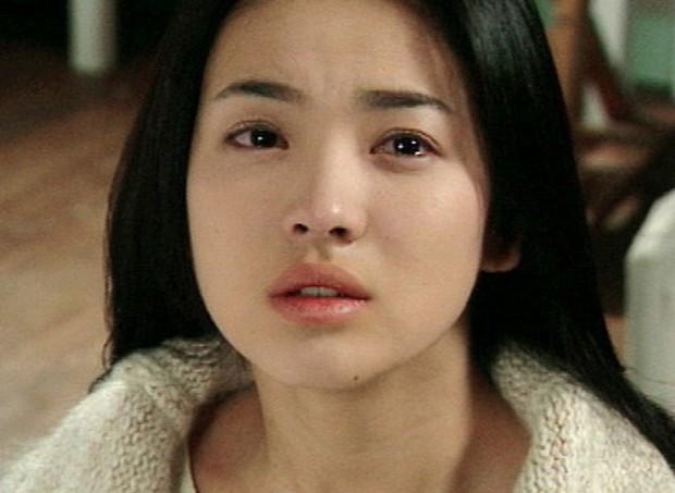 5 điểm giống nhau giữa 2 đại mỹ nhân Phạm Băng Băng - Song Hye Kyo: Sinh cùng năm, đến phốt cũng trùng khớp! - Ảnh 3.