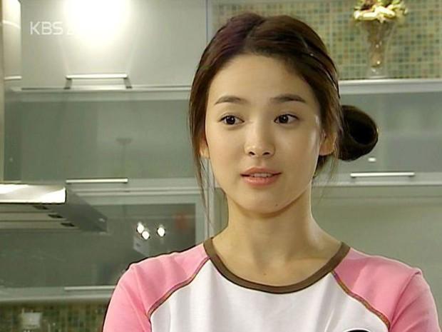 5 điểm giống nhau giữa 2 đại mỹ nhân Phạm Băng Băng - Song Hye Kyo: Sinh cùng năm, đến phốt cũng trùng khớp! - Ảnh 5.