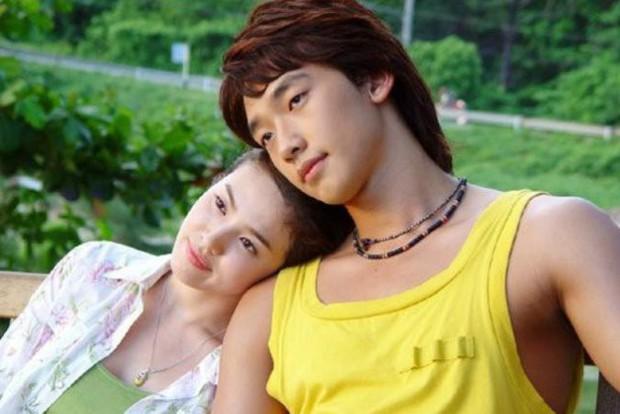 Sự nghiệp Song Hye Kyo: Trùm phim giả tình thật, chuyện tình nào cũng đẹp nhưng kết thúc chóng vánh - Ảnh 5.