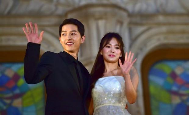 Bom tấn Arthdal Niên Sử Kí có vai trò gì với cuộc hôn nhân vợ chồng Song Song? - Ảnh 14.