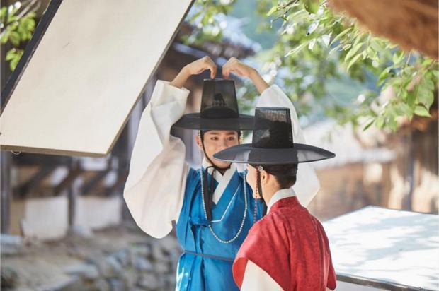 3 bạn diễn của Park Bo Gum mà ai nấy đẩy thuyền kịch liệt, trái ngược với tin đồn phim giả tình thật với Song Hye Kyo - Ảnh 8.