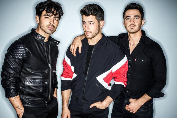 Vượt Jonas Brothers, Lady Gaga, BTS lập kỉ lục bán album mới tại Mỹ trong nửa đầu năm 2019 - Ảnh 2.