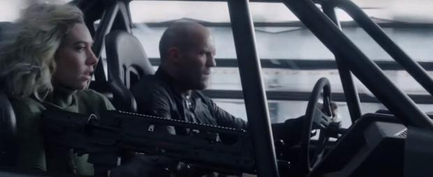 Chạy xe tốc độ bàn thờ như trailer Fast & Furious: Hobbs & Shaw thì ninja lead cũng gọi bằng cụ! - Ảnh 7.