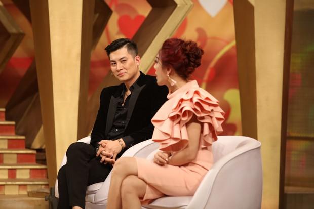 """Chồng Lâm Khánh Chi tiết lộ bị bà xã """"bỏ bê"""" chuyện chăn gối - Ảnh 2."""