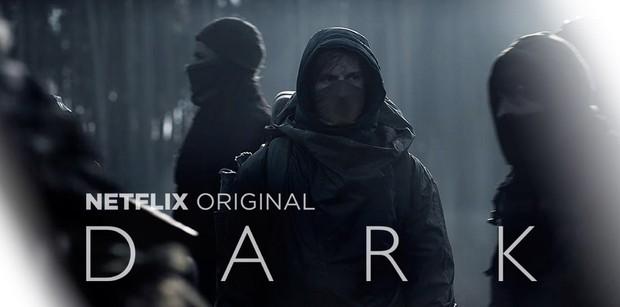 Dark mùa hai hack não khán giả với câu hỏi Ai đã đặt tên cho bộ phim? - Ảnh 1.