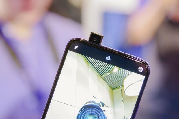 Top 4 smartphone theo trend màn siêu to khổng lồ chắc chắn sẽ không làm bạn thất vọng - Ảnh 6.