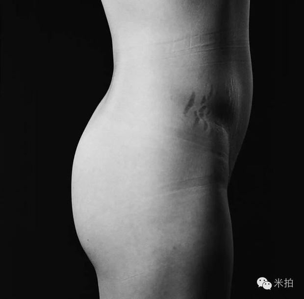 Bộ ảnh khỏa thân biết nói: Đằng sau sự trần trụi của da thịt là những câu chuyện chẳng mấy ai hiểu được cho phận đàn bà - Ảnh 4.