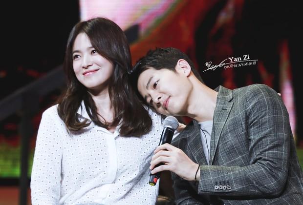 Truyền thông Hàn đưa tin gây sốc: Song Joong Ki đệ đơn ly hôn không báo cho Song Hye Kyo, còn nắm giữ bí mật khác? - Ảnh 2.