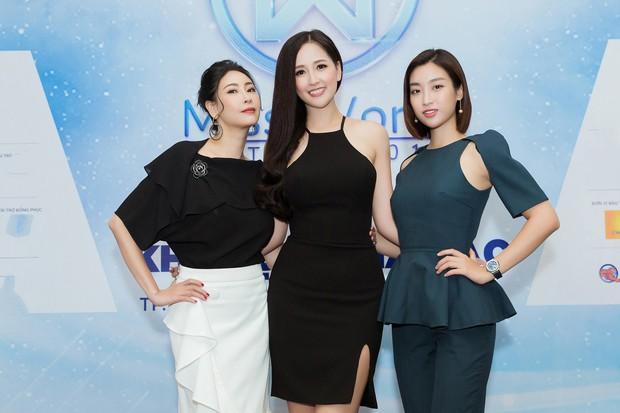 Đăng quang cách nhau cả thập kỷ, dàn Hoa hậu đình đám Vbiz khoe sắc bất phân thắng bại trong một khung hình - Ảnh 3.