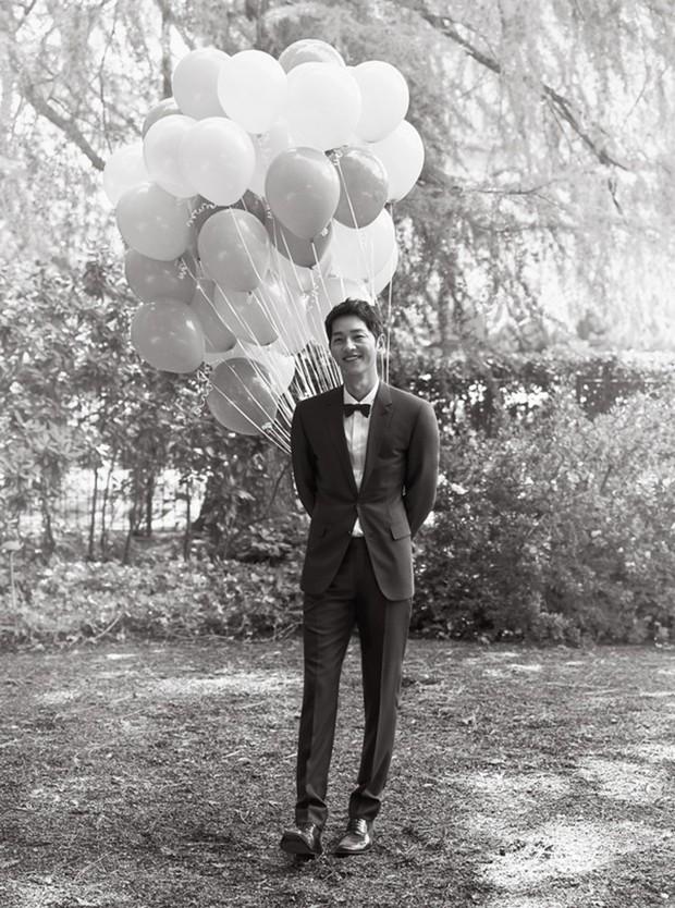 Đau lòng nhất hôm nay: 2 ngày sau khi đệ đơn ly hôn, Song Hye Kyo vẫn giữ bức ảnh cưới 4 triệu like từ 2 năm trước - Ảnh 5.