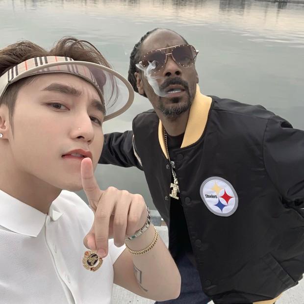 Sơn Tùng đăng ảnh cùng Snoop Dogg, fan lại sốt sắng vì không thể đợi thêm ngày MV kết hợp ra mắt để cày view - Ảnh 2.