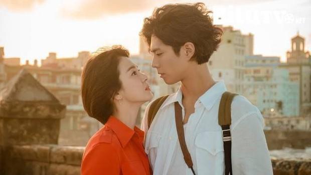 Chia tay Song Joong Ki, Song Hye Kyo còn lại gì ngoài gia tài truyền hình trứ danh? - Ảnh 21.
