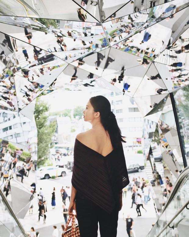 Vòm kính ảo diệu tại trung tâm thương mại nổi tiếng ở Tokyo đang là background sống ảo chiếm trọn mặt trận Instagram - Ảnh 12.