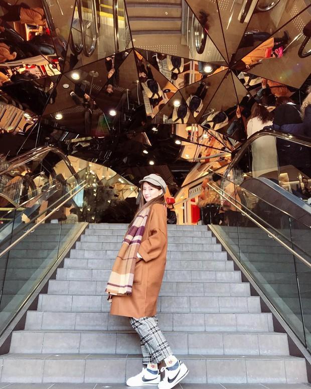 Vòm kính ảo diệu tại trung tâm thương mại nổi tiếng ở Tokyo đang là background sống ảo chiếm trọn mặt trận Instagram - Ảnh 6.