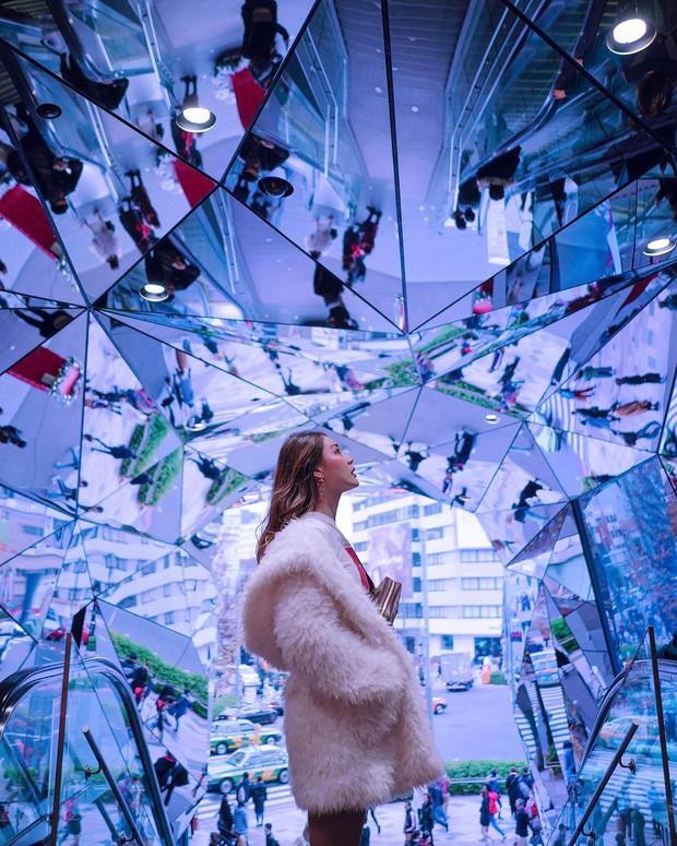 Vòm kính ảo diệu tại trung tâm thương mại nổi tiếng ở Tokyo đang là background sống ảo chiếm trọn mặt trận Instagram - Ảnh 3.