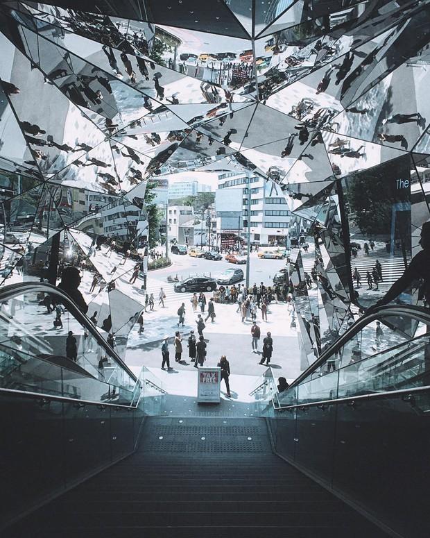 Vòm kính ảo diệu tại trung tâm thương mại nổi tiếng ở Tokyo đang là background sống ảo chiếm trọn mặt trận Instagram - Ảnh 7.