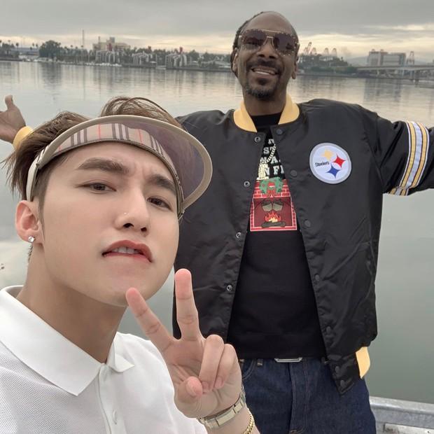 Sơn Tùng đăng ảnh cùng Snoop Dogg, fan lại sốt sắng vì không thể đợi thêm ngày MV kết hợp ra mắt để cày view - Ảnh 1.