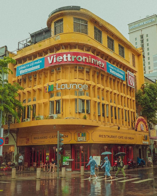 Ciao Cafe thông báo dời địa điểm, người Sài Gòn chính thức mất đi một biểu tượng thân quen trên phố đi bộ Nguyễn Huệ - Ảnh 1.
