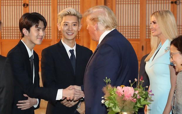 EXO gây náo loạn khi đến dự tiệc cùng Tổng thống Mỹ và Tổng thống Hàn tại Nhà Xanh: Visual quá đỉnh! - Ảnh 1.