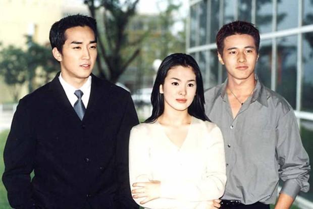 Chia tay Song Joong Ki, Song Hye Kyo còn lại gì ngoài gia tài truyền hình trứ danh? - Ảnh 4.