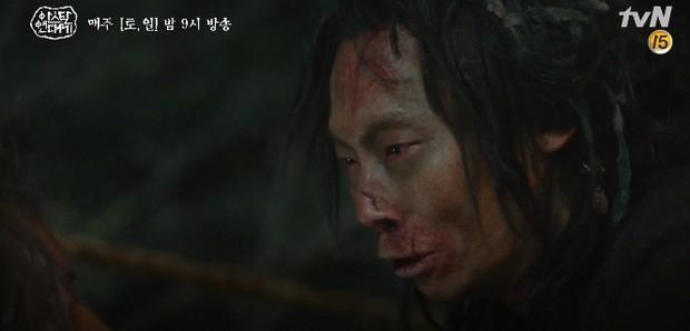 Mặc kệ biến động hôn nhân cùng sự xuất hiện của cameo Nichkhun, Song Joong Ki vẫn một mình cân hai vai cực xịn trong tập 9 Arthdal Niên Sử Kí! - Ảnh 4.