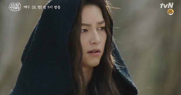 Mặc kệ biến động hôn nhân cùng sự xuất hiện của cameo Nichkhun, Song Joong Ki vẫn một mình cân hai vai cực xịn trong tập 9 Arthdal Niên Sử Kí! - Ảnh 13.