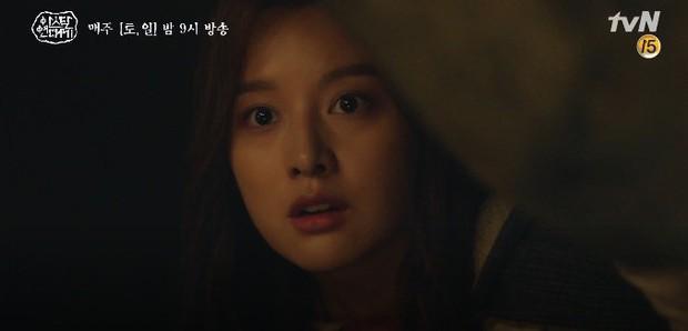 Mặc kệ biến động hôn nhân cùng sự xuất hiện của cameo Nichkhun, Song Joong Ki vẫn một mình cân hai vai cực xịn trong tập 9 Arthdal Niên Sử Kí! - Ảnh 17.