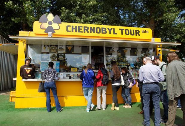 Tôi bị đốt bởi một con muỗi nhiễm xạ ở Chernobyl - Ảnh 1.