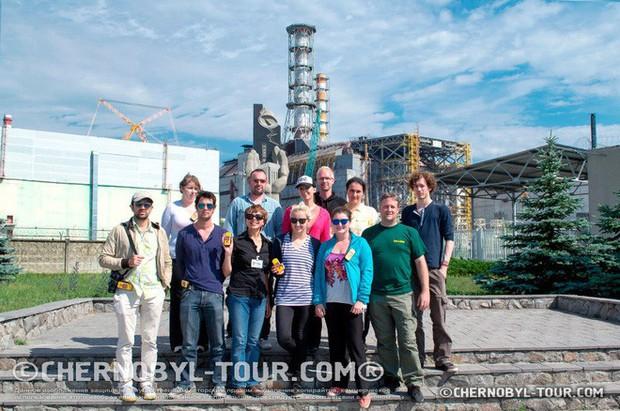 Tôi bị đốt bởi một con muỗi nhiễm xạ ở Chernobyl - Ảnh 2.