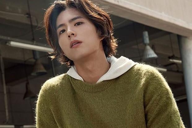 Cậu em đa tài Park Bo Gum có gì trước khi vướng nghi án li gián vợ chồng Song-Song? - Ảnh 2.