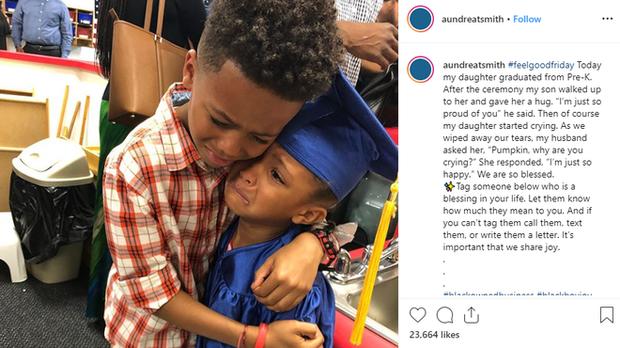 Sự thật đằng sau bức ảnh anh trai mếu máo ôm em gái trong lễ tốt nghiệp mầm non, và lời tâm sự đầy hạnh phúc của người mẹ - Ảnh 2.