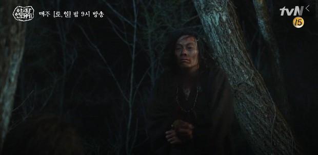 Mặc kệ biến động hôn nhân cùng sự xuất hiện của cameo Nichkhun, Song Joong Ki vẫn một mình cân hai vai cực xịn trong tập 9 Arthdal Niên Sử Kí! - Ảnh 7.