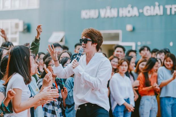 Giọng hát Việt: Tuấn Ngọc không hài lòng với cách hát nhạc Trịnh của học trò Hồ Hoài Anh - Ảnh 4.