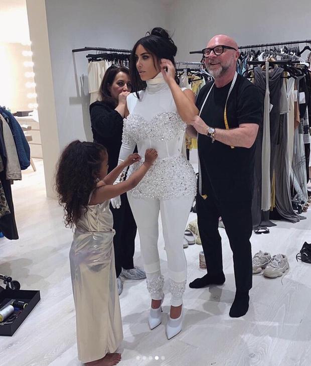 Loạt ảnh chứng minh con gái lớn nhà Kim Kardashian chính là công chúa nhỏ chịu chơi và sang chảnh bậc nhất Hollywood - Ảnh 8.