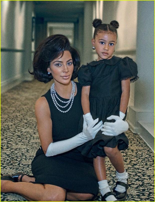 Loạt ảnh chứng minh con gái lớn nhà Kim Kardashian chính là công chúa nhỏ chịu chơi và sang chảnh bậc nhất Hollywood - Ảnh 7.