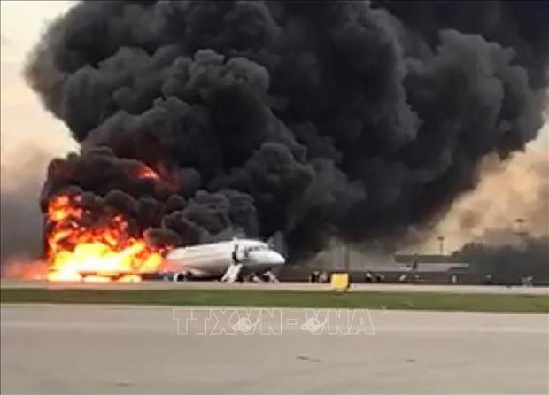 Aeroflot của Nga cắt giảm số chuyến bay của Superjet sau vụ rơi thảm khốc - Ảnh 1.