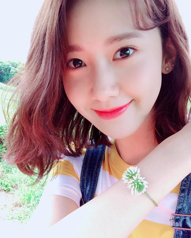 """Đẹp tự nhiên cỡ """"nữ thần"""" như Yoona cũng phải nghiêm túc chăm sóc da dẻ mỗi ngày với 4 tips sau - Ảnh 3."""