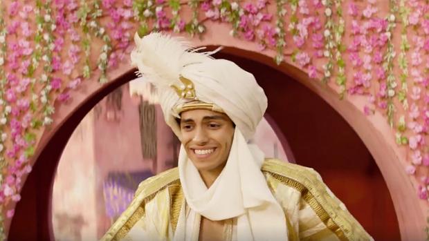 """4 lý do khiến bạn muốn có ngay một người bạn như """"Thần Đèn Will Smith, Aladdin liệu có hiểu hông? - Ảnh 2."""