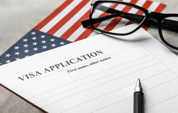 HOT: Từ tháng 6, xin visa vào Mỹ sẽ phải khai báo tài khoản Facebook, Twitter chính xác nếu không sẽ bị phạt nặng - Ảnh 1.