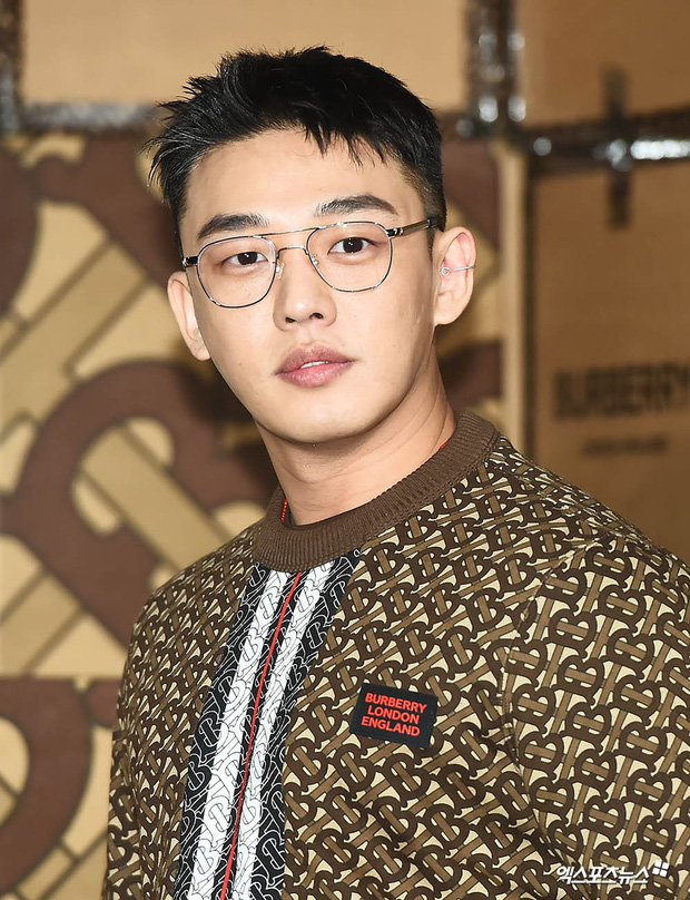 3 tài tử thân Song Song nhất gây chú ý sau tin ly dị: Park Bo Gum buộc phải lên tiếng, còn Yoo Ah In và Lee Kwang Soo? - Ảnh 3.
