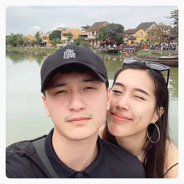 Couple yêu xa vượt biên giới: Hết Rich Kid bay ra Hà Nội để ship phở vào Sài Gòn đến không ngại test son sẵn cho bạn gái - Ảnh 2.