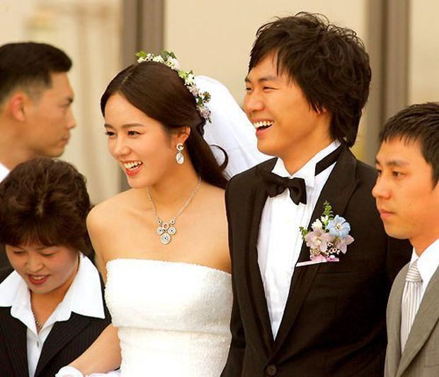Song Song tan vỡ nhưng Kbiz vẫn còn cổ tích đời thực: Cặp đầu cưới cùng năm mà sắp có 2 con, số 3 cực đặc biệt - Ảnh 5.