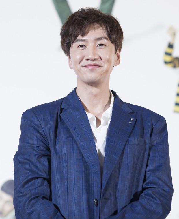 3 tài tử thân Song Song nhất gây chú ý sau tin ly dị: Park Bo Gum buộc phải lên tiếng, còn Yoo Ah In và Lee Kwang Soo? - Ảnh 10.