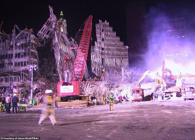 Cận cảnh quá trình xử lý hiện trường vụ khủng bố 11/9 - Ảnh 18.